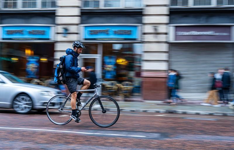 nosilec mobilnega telefona za kolo